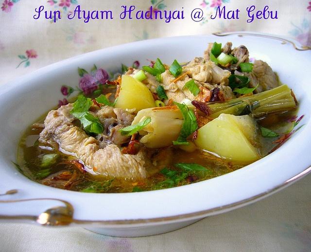 Sup Ayam Hadnyai by mat_gebu, via Flickr