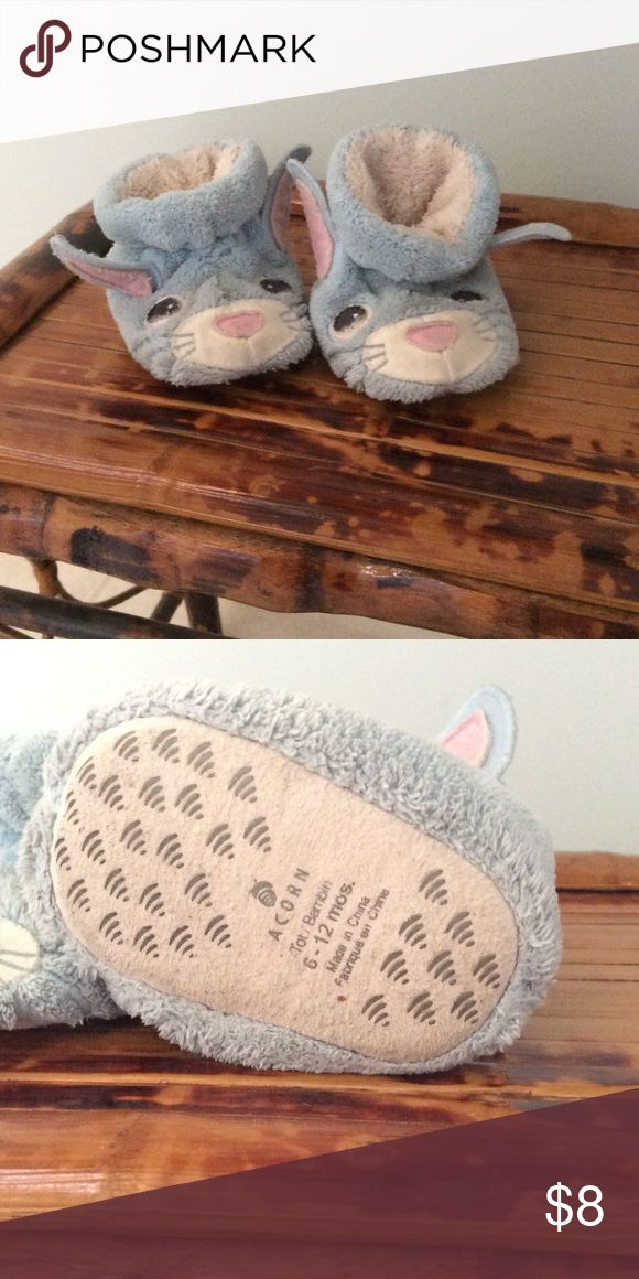Size 6M to 12M Acorn Slippers Adorable little blue Acorn bunny slippers. Acorn Shoes Slippers