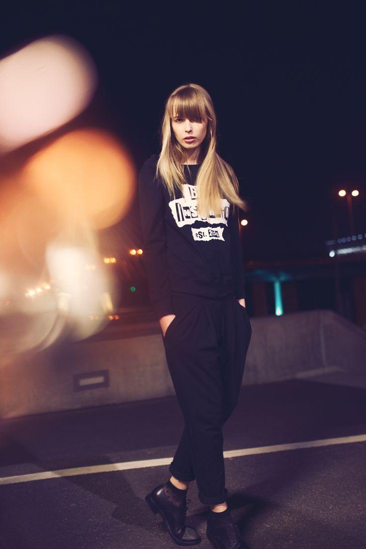 http://byinsomnia.com/kolekcja/wiosna-lato-2015/joan-long-blouse-by-insomnia?variant_id=10068