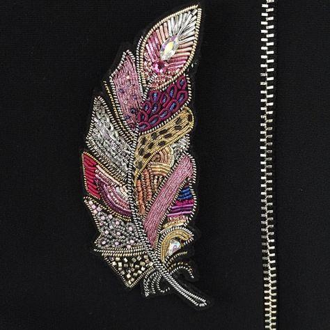 いいね!617件、コメント88件 ― Gold embroidery by Annaさん(@gold_embroidery_anna)のInstagramアカウント: 「Новые перья готовы и совсем скоро разлетятся !!! А для заказа таких же пишите пожалуйста в Директ…」