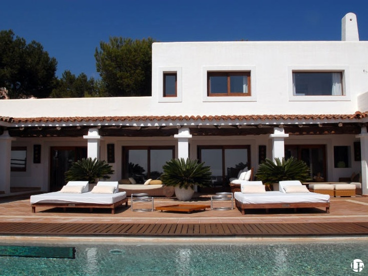 Villa de alquiler en Vista Alegre, San José, Ibiza, con vistas al mar