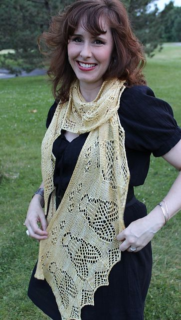 Ravelry: Childeric's Bees pattern by Natalie Servant