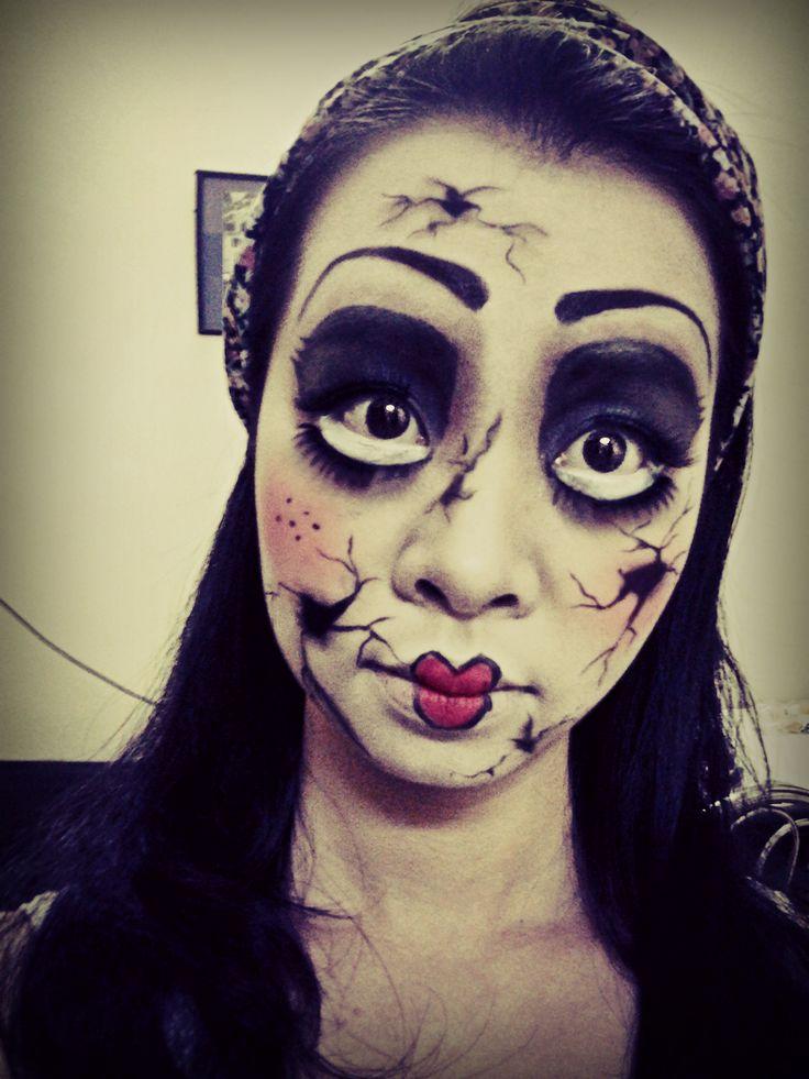 Broken porcelain doll. #Halloween #Makeup | Make Up ...  Broken porcelai...