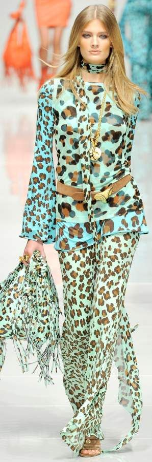 Blumarine - I love this fabric and design - a twist on Boho Chic? #Luxurydotcom