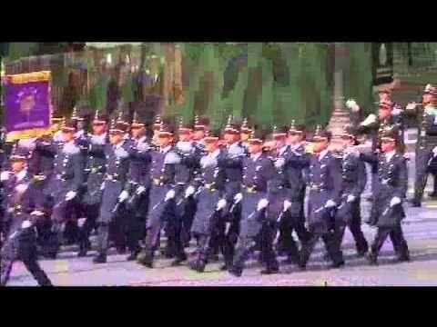 Once Noticias - México abrió el desfile por el Día Nacional de Francia