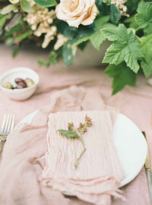 Unique Napkin Ideas for Your Wedding | Bridal Musings Wedding Blog