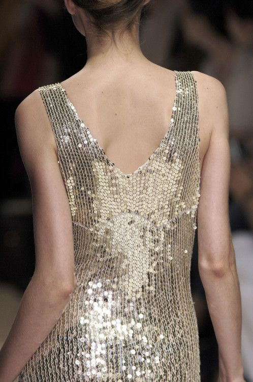 Anna MolinariFashion Outfit, Sparkle Dresses, Anna Molinari, Molinari Spring, Spring 2006, Sparkle Fashion, Silver Style, Sequins Fashion, Gold Sequins Dresses