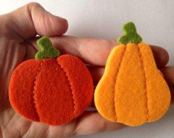 Felt Pumpkin Pin by Beedeebabee on Etsy