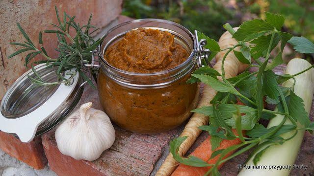 Domowa warzywna pasta bulionowa