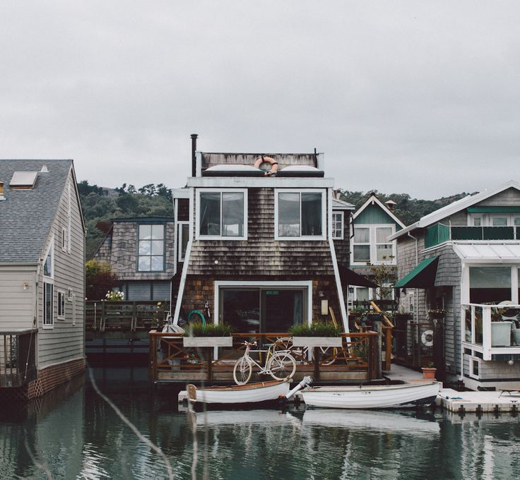 10 images about floating homes on pinterest lakes for Floating homes portland