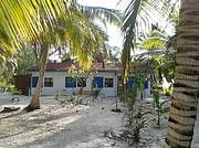 Beach Property For Sale in Kemps Bay, South Andros Bahamas - Beachfront Home For Sale By Owner In South Andros, Bahamas - Viviun the Leader in International Property Listings