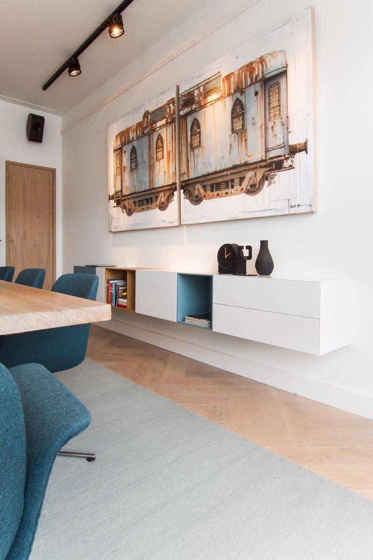 Interieurontwerp & lichtadvies renovatie appartement Amsterdam Oud Zuid Apollolaan door Studio Nest #Kvadrat #Pastoe #LouisPoulsen #Kinnasand