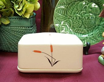 RARE 1940s Cat Tail Ceramic Covered BUTTER Dish, Retro Kitsch, Country Chic, Rustic, Kitchen Dining, TV Movie Prop, Universal Cambridge