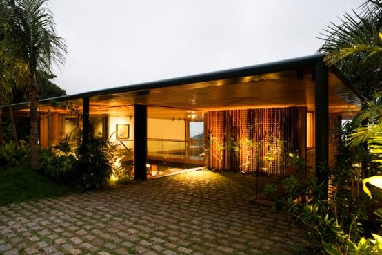 Detached From The Ground House In The Canopy Of Trees | DigsDigs