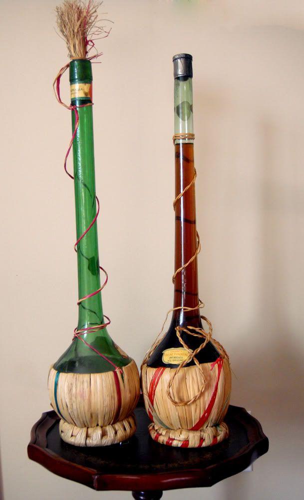 Pair of 20 tall empty wicker wine chianti bottles flasks for Empty wine bottles
