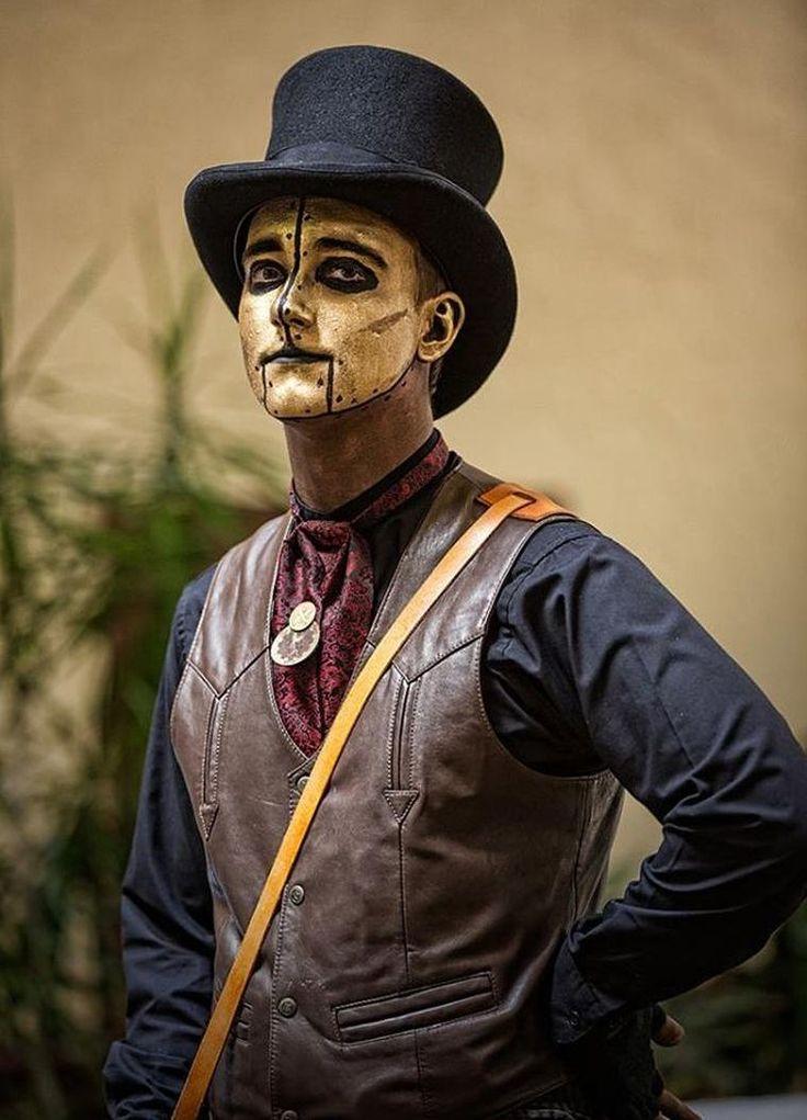 Les 25 meilleures id es de la cat gorie maquillage vampire homme sur pinterest maquillage d - Maquillage homme halloween ...