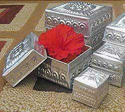 Aluminum Handicrafts - Square box set of 5
