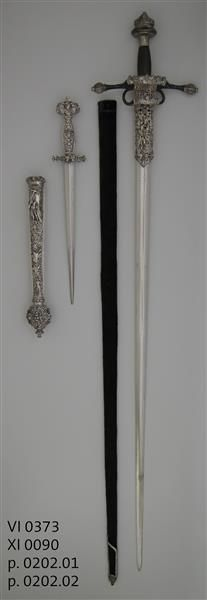 Reitschwert / Garnitur bestehend aus Reitschwert, Scheide und Dolch mit Scheide
