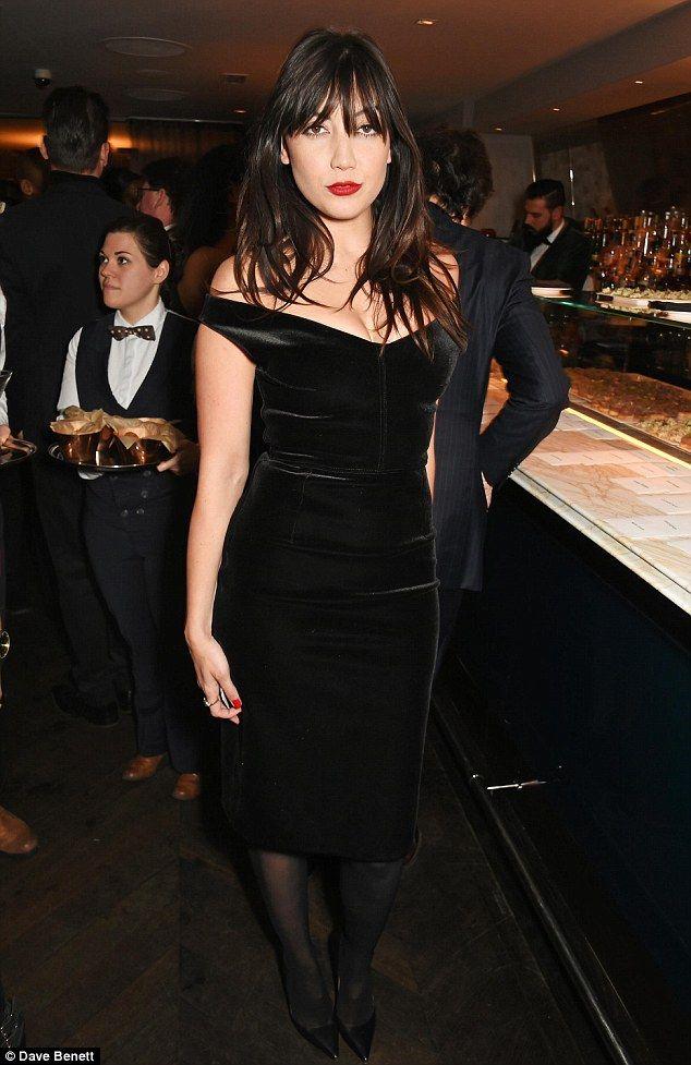 Velvet Crush! Daisy Lowe smouldered in black bardot dress at the LCM closing dinner party ...