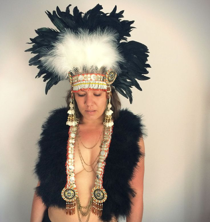 Black tribal Burning Man feather collar, Burning Man tribal feather capelet, feather and chain breastplate, festival clothing, festivalwares by feathersandthreaduk on Etsy