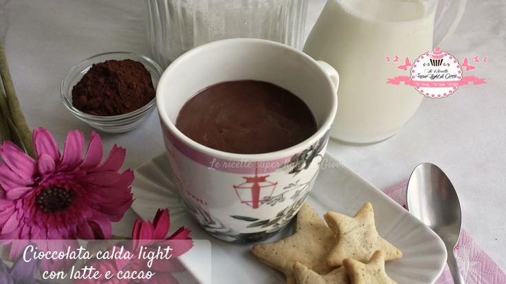 Cioccolata calda light - versione latte e cacao amaro (110 calorie)