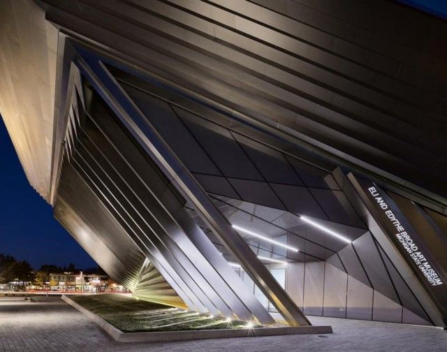 Inauguration of Broad Art Museum by Zaha Hadid
