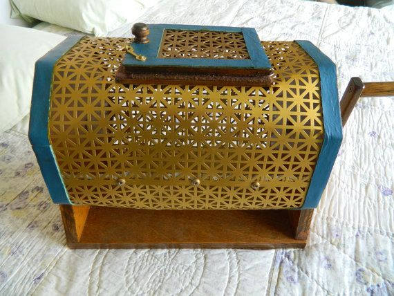Handmade vintage bingo cage :).