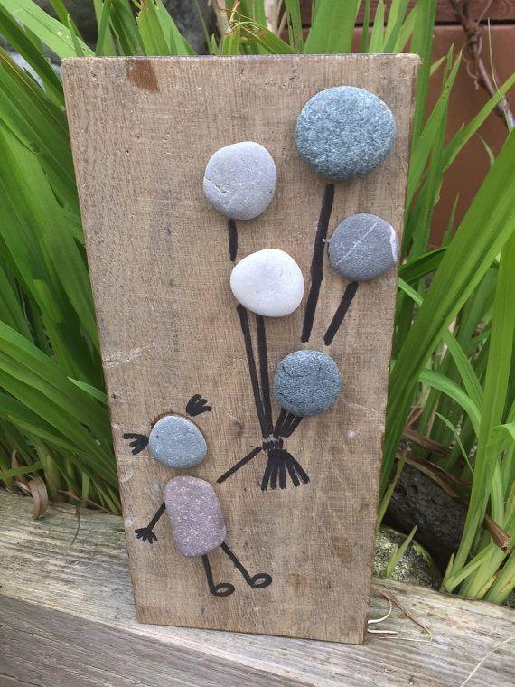 17 mejores ideas sobre artesan a con conchas en pinterest - Cuadros hechos con piedras de playa ...