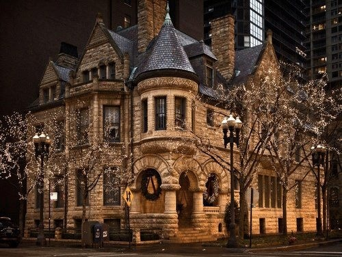 Although this is a Victorian Mansion - Chicago IL, it could work for my beer baron's house in Lilacs for Juliana, and that house would be in Milwaukee.: