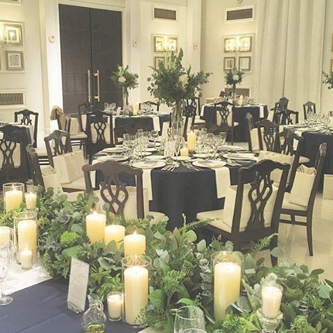*simplify it* 披露宴会場ゲスト卓は高さのある装飾。 シルバー系のスモーキーグリーンで 青々としすぎないのがふたりの希望。 メインテーブルにも花はなし、 キャンドルのみ取り入れシンプルに。 ネイビーホワイトで大人シックな空間♡ @arverir_nagoya #takeandgiveneeds #アーヴェリール迎賓館 #アーヴェリール迎賓館名古屋 #迎賓館 #披露宴 #披露宴会場 #ウエディング #バンケット #高砂 #メインテーブル #グリーン #ゲストテーブル #テーブルクロス #ネイビーグリーン #キャンドル #テーブルランナー #インテリア #ウエディングドレス #ウエディングアイデア #ウエディングフォト #ウエディングブーケ #ウエディングプランナー #ブーケ #プレ花嫁 #ゼクシィ #卒花 #グリーン #ナチュラル #引出物