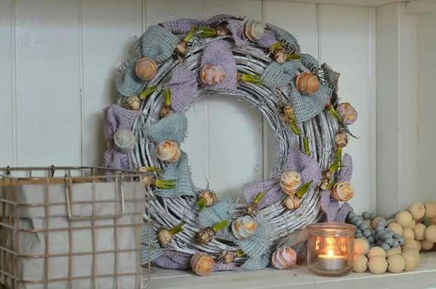 #voorjaarskrans #wreath #spring #easter #pask #ostern #interieur #diy #huyzedetulp #workshop