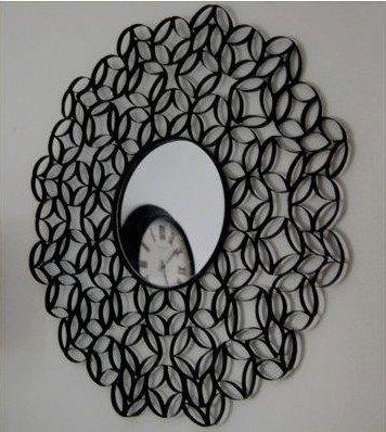 Cómo hacer un espejo con rollos de papel realizando manualidades para niños