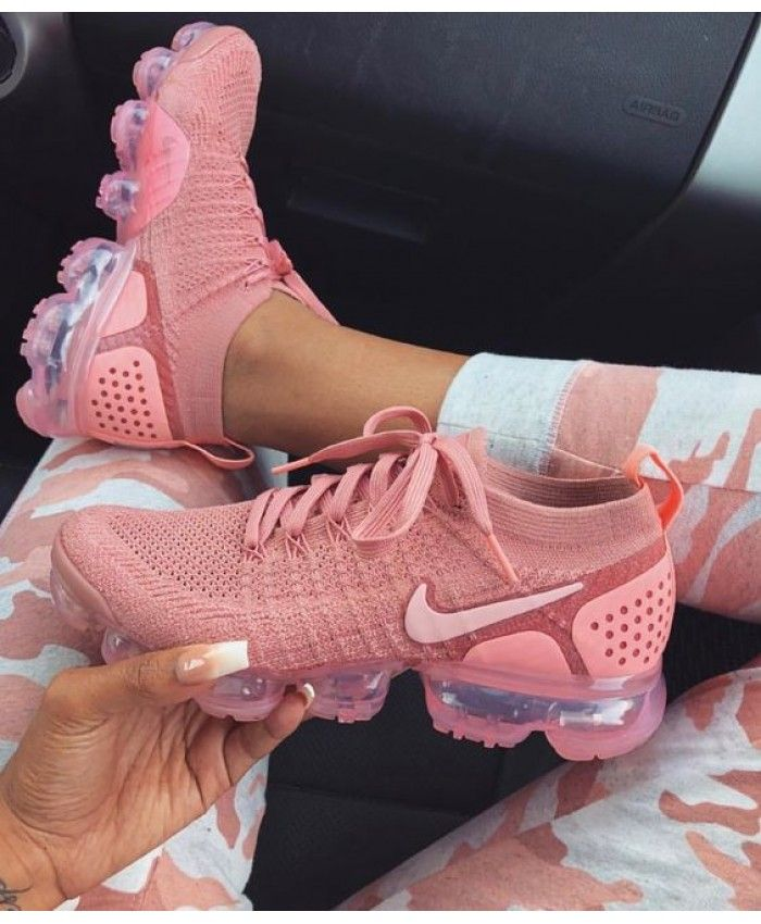 hot sale online ec7fe b6db1 Hot Nike Vapormax Flyknit Womens Coral Peach Pink | Candy in ...