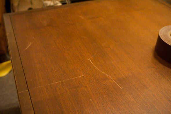 Trucos caseros para eliminar arañazos de los muebles | Bricolaje