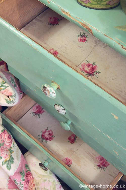 Vintage Home - Vintage Wallpaper and Green Painted Drawers: www.vintage-home....
