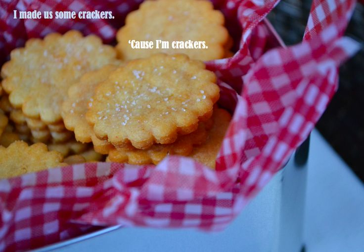 Gluten-Free-Ritz-Crackers: for your wine & cheese!