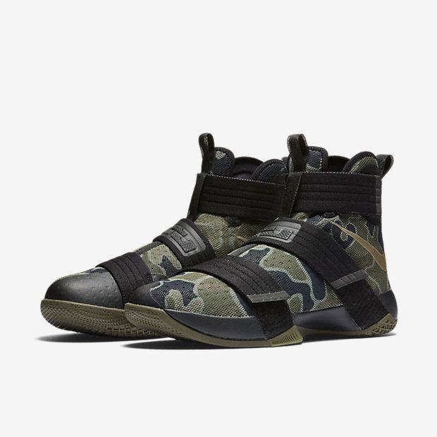9f4b604e3e7e Nike Zoom LeBron Soldier 10 SFG Men s Basketball Shoe