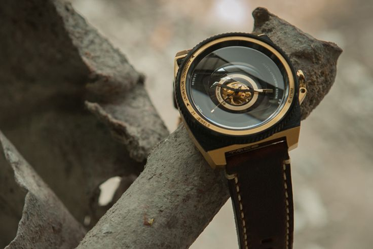 "TACS Automatic Vintage Lens Watch - More on this unique, camera-inspired piece up now at: aBlogtoWatch.com - ""The inspiration for watches vary from designer to designer. From aviation to cars; designers can struggle to stay unique. The TACS Automatic Vintage Lens has done just that. At TACS, we have taken the look and feel of the camera and combined it with a sophisticated and sleek Japanese look. A sturdy-looking watch, it is perfect for adventurous photographers..."""
