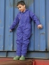Still creating durable long lasting workwear / but now for the kids too. Dickies Kids overalls are great for Dads and grandads that want to get their young ones involved in early working life.