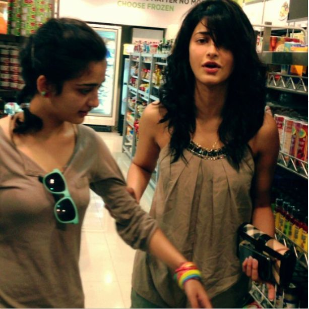 sruti hassan and akshara | Shruti Haasan | Pinterest