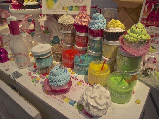 VIDEO: Cupcake Commander of Feeling Smitten gives a peak at her bath and body treats...