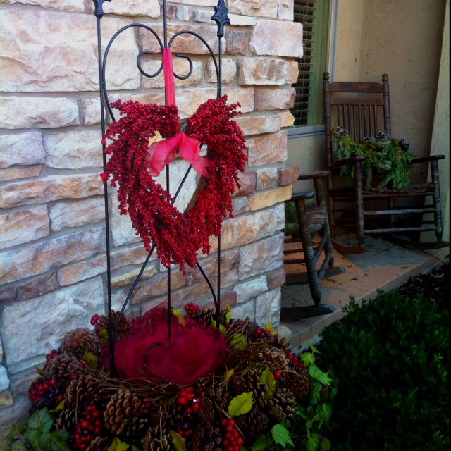 نتيجة بحث الصور عن valentine's day outdoor decorations