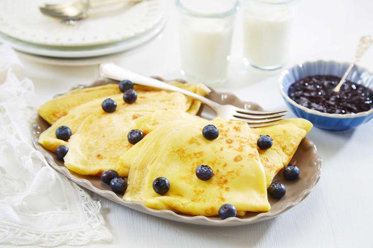 Pannekaker er populært hos både liten og stor. Denne pannekakerøren gir et perfekt resultat og nok til ca 12 pannekaker. Med syltetøy, sukker, bacon eller brunost – alle har sin pannekakefavoritt!