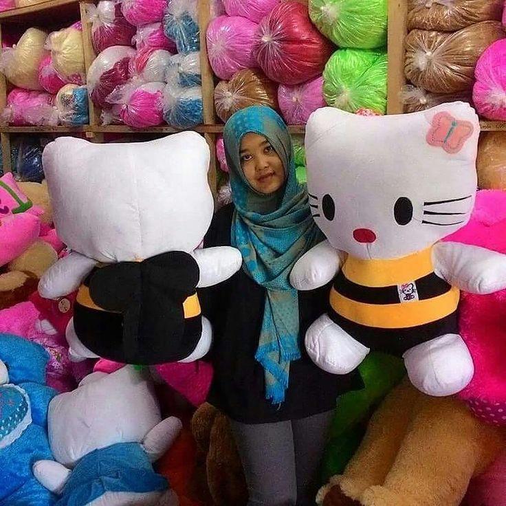 Hello Kitty Belang Rp 138 rb Ukuran 65 cm Berat 2 kg  Bahan velboa  Isi dacron silikon (Ada sayap bagian belakang) WA:  085642016496 / 081327172699 BBM:  751249f4 /  5D498C6A LINE:  BONEKAKARTUN Instagram =  BONEKAKARTUN Facebook =  boneka kartun asiyah https://www.facebook.com/asiyah.bonekakartun web =  www.bonekakartun.com  #boneka #bonekamurah #bonekalucu #bonekaberkualitas#hellokitty #bonekahellokitty #bonekahk #jualboneka #hargaboneka #bonekabesar #bonekajumbo #bonekafoto #bantalnama…