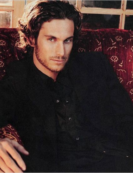 Oliver Hudson - Goldie Hawn's son and Kate's brother