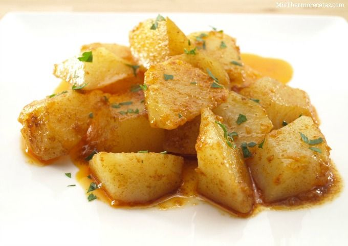 Patatas al ajillo - MisThermorecetas.com