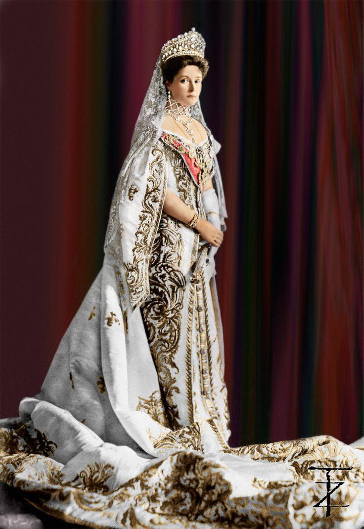 The last Empress of Russia, Tsarina Alexandra Fyodorovna Romanova, nee Princess Alix of Hesse and by Rhine (1872-1918), consort of Nicholas II., seen here in full court dress, year 1906. Photo by Tashusik.