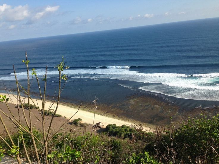 Visit Nyang Nyang Uluwatu beach if you looking for a quite beach for your best private day time on the beach . Still in the tourist spot but less popular