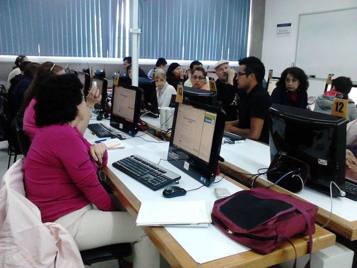 """Microtaller """"Uso de Google Drive"""" a profesores del Seminario de la ENTS, UNAM. (Agosto de 2014)."""