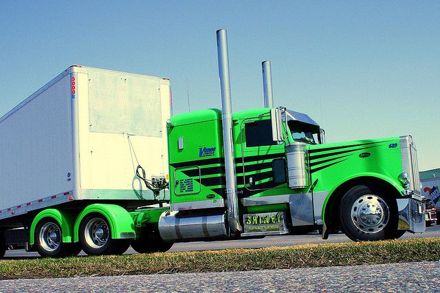 Tricked Out Semi Trucks   The lime lite   Flickr - Photo Sharing!